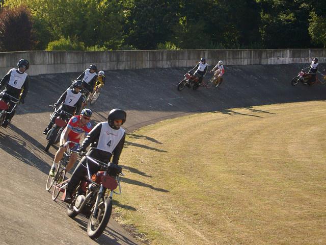 Un spectacle rare, le DEMI-FOND au Vélodrome de Colmar